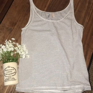 H&M black and white striped tank top // size large